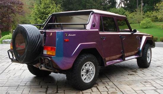 Lamborgini-SUV-2.jpg