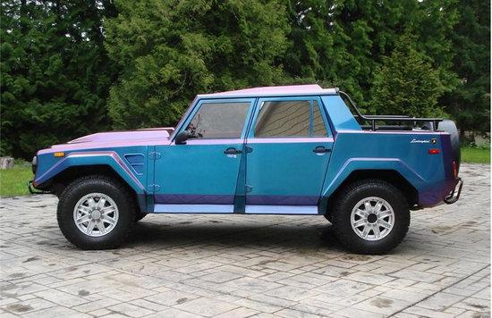 Lamborgini-SUV-4.jpg