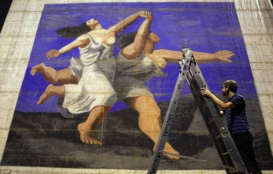 Largest-artwork-2.jpg