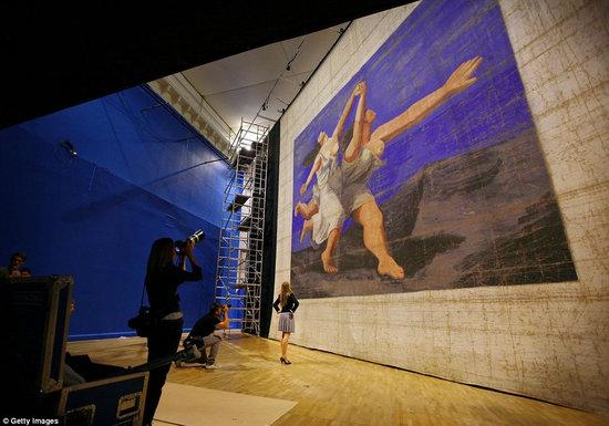Largest-artwork-3.jpg