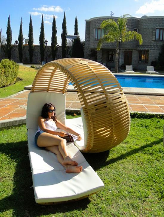 Loopita-Bonita-double-patio-lounger-2.jpg