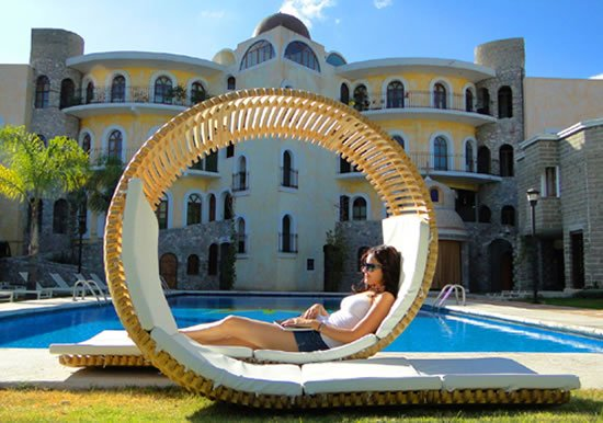 Loopita-Bonita-double-patio-lounger-4.jpg