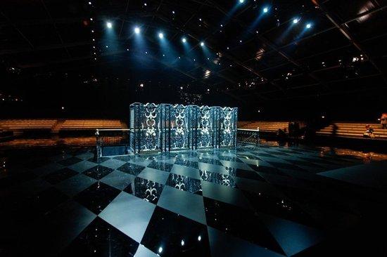 Louis-Vuitton-2.jpg