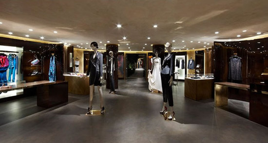 Louis-Vuitton-Cannes-Pop-Up-Store-3.jpg