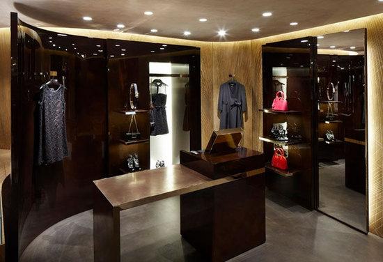Louis-Vuitton-Cannes-Pop-Up-Store-5.jpg