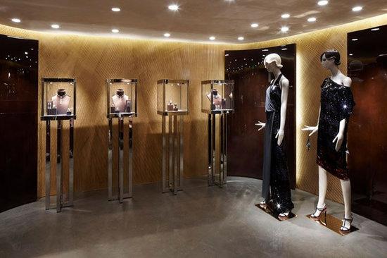 Louis-Vuitton-Cannes-Pop-Up-Store-8.jpg