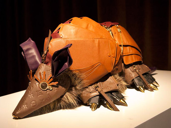 Louis-Vuitton-leather-animal-sculptures-4.jpg