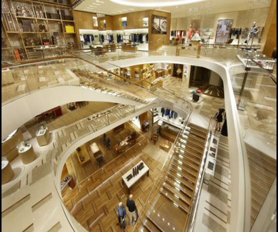 Louis_Vuitton_Maison_Etoile_Rome_interior.jpg