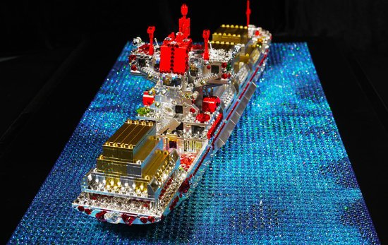 Love-to-the-rescue-Swarovski-encrusted_lego_sculpture-4.jpg