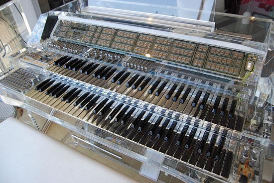Lucite-Organ-and-Speakers-2.jpg