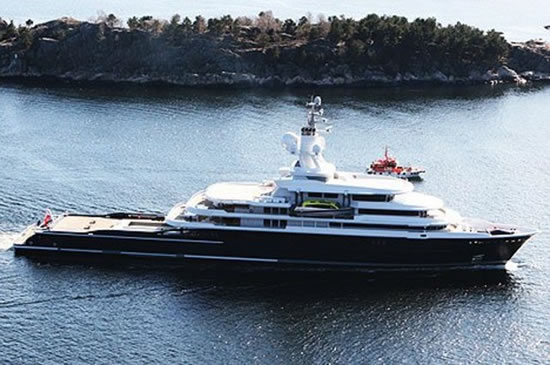 Luna-115m-yacht-3.jpg