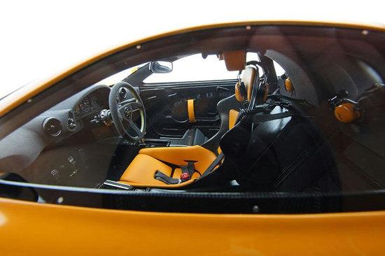 McLaren-F1-LM-1-8-scaled-model-5.jpg