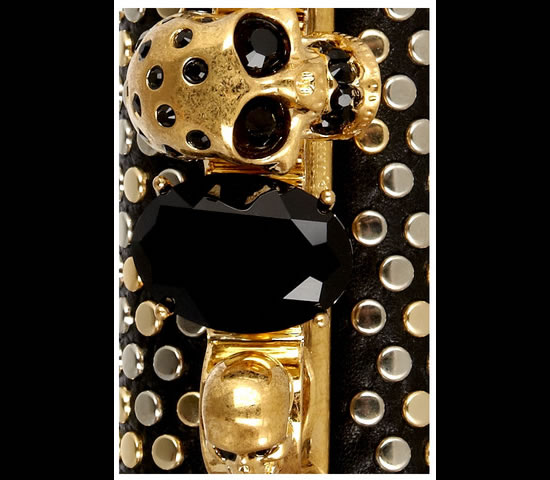 McQueen_Swarovski_studded_skull_knuckle_box_clutch-2.jpg