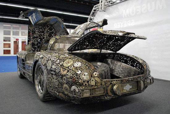 Mercedes-Benz-300SL-Gullwing-4.jpg