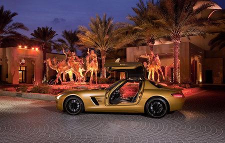 Mercedes-Benz-AMG-Desert-Gold_5.jpg