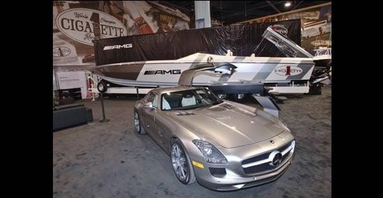 Mercedes-Benz-SLS-AMG-Cigarette-Boat2.jpg