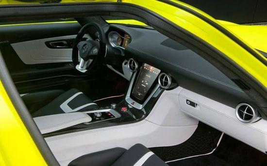 Mercedes-Benz-SLS-AMG-E-Cell-prototype-4.jpg