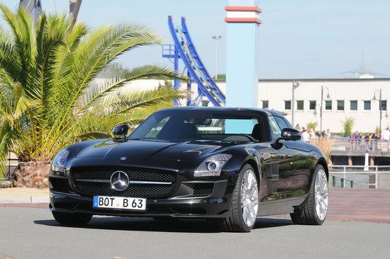 Mercedes-Benz-SLS-AMG-Gullwing-1.jpg