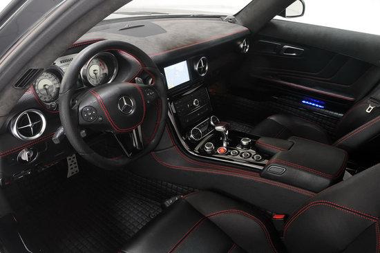 Mercedes-Benz-SLS-AMG-Gullwing-4.jpg