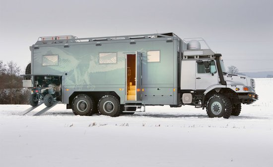 Zetros Ultra Luxury Mercedes 6x6 Rv Truck Living Station