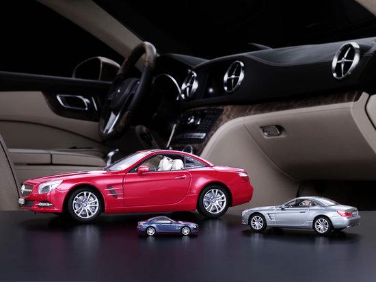 Mercedes-Benz_Collection_Miniatures_1.jpg