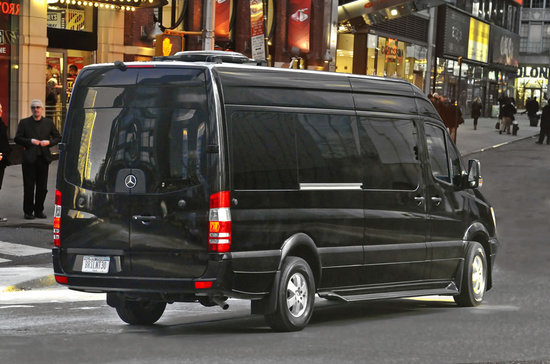 Mercedes-Benz_Sprinter-based_Brilliant-Van_3.jpg