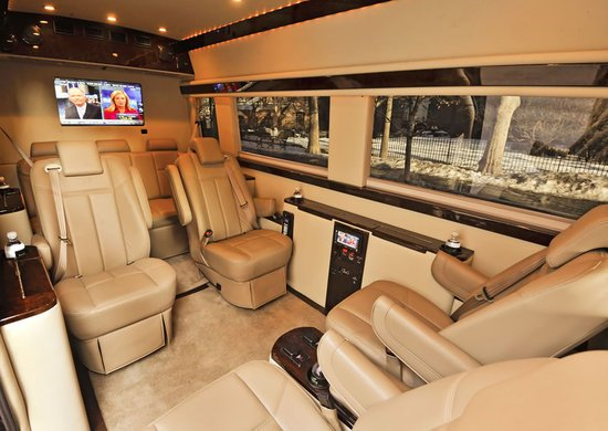 Mercedes-Benz_Sprinter-based_Brilliant-Van_4.jpg