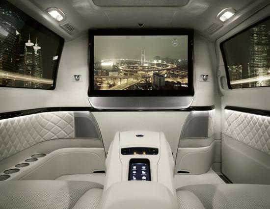 Mercedes-Benz_Viano_Vision_Diamond_2.jpg