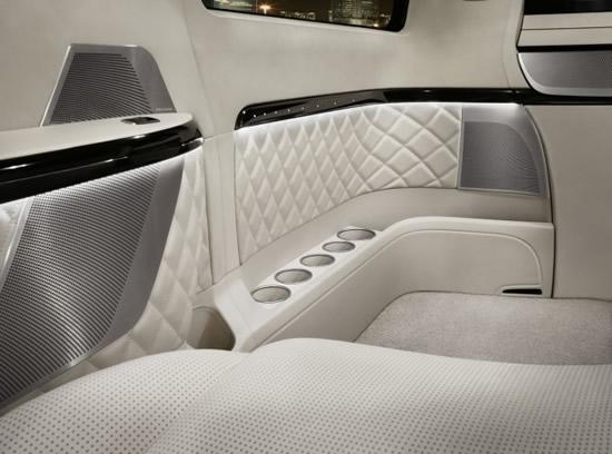 Mercedes-Benz_Viano_Vision_Diamond_6.jpg