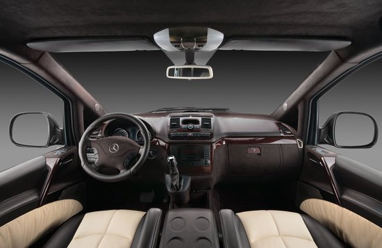 Mercedes-Benz_Vilner_Vito_4.jpg