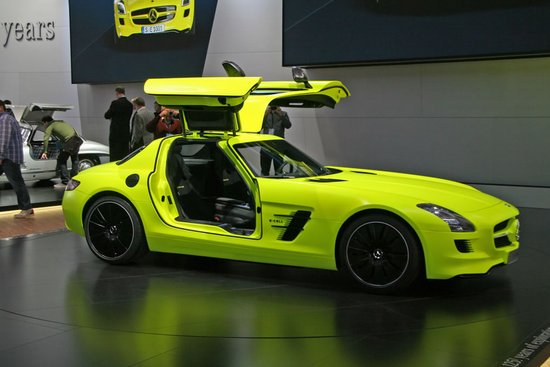 Mercedes-SLS-AMG-E-Cell-Supercar-2.jpg