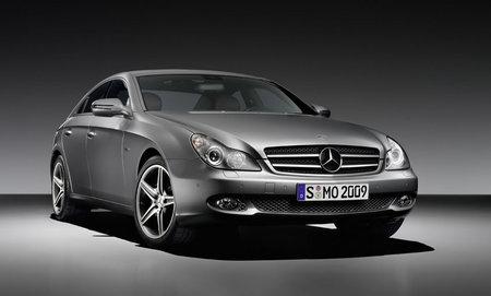 Mercedes_Benz_CLS_2.jpg