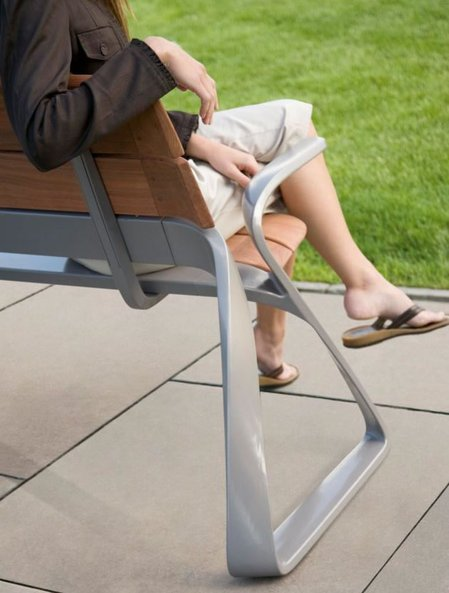 Metro40_outdoor_furniture2.jpg