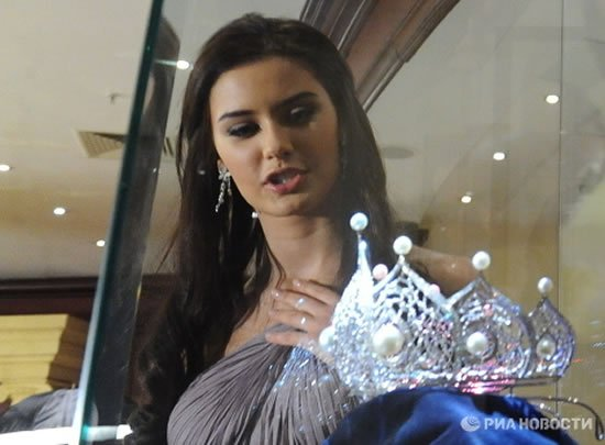 Miss-Russia-2010-crown-3.jpg