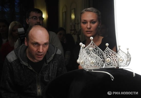 Miss-Russia-2010-crown-5.jpg
