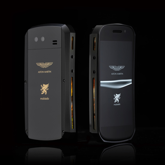 Mobiado_Grand_Touch_Aston_Martin_phone_Black_Gold_BB.JPG