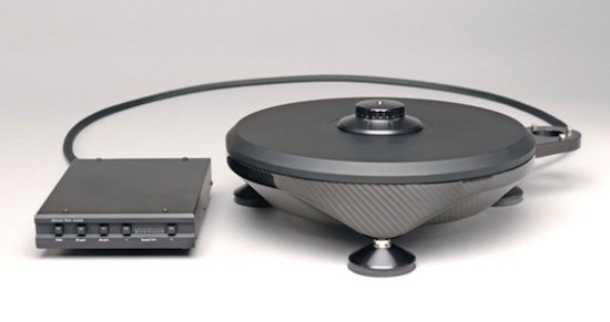 The Monaco Grand Prix Audio 1.5 turntable will spark up the performance