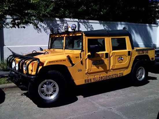 Most-Luxurious-Taxis-Hummer.jpg