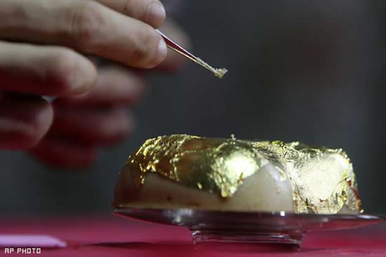Most-expensive-rice-cake-5.jpg