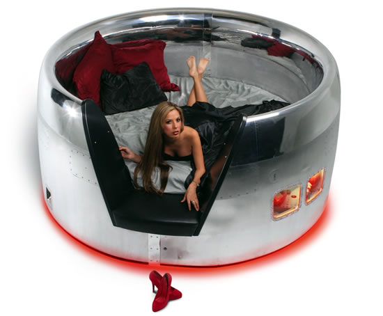 Motoart S Dc 10 Cowling Bed Will Let Your Dreams Fly High