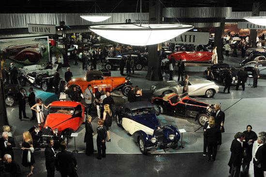 Mullin-Automotive-Museum-3.jpg