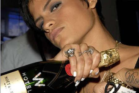 MyMoet_champagne.jpg