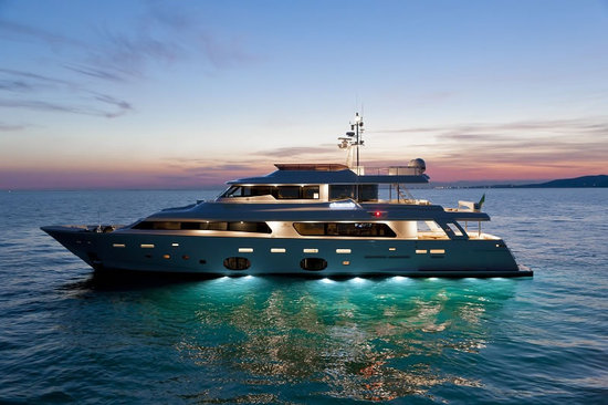 Navetta-33-Crescendo-Ziacanaia-maxi-yacht-2.jpg