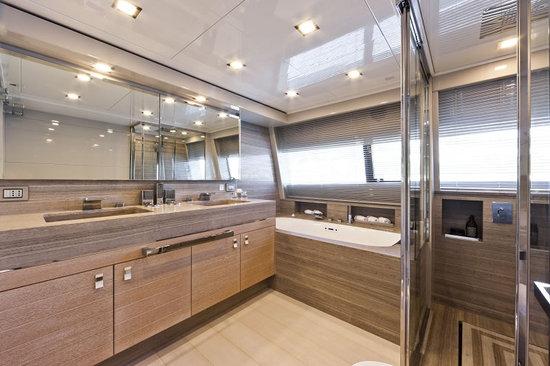 Navetta-33-Crescendo-Ziacanaia-maxi-yacht-7.jpg