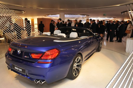 New-BMW-Brand-Store-opens-up-in-Paris-7.jpg