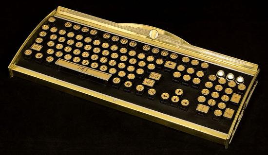New-Yorker-Art-Deco-Keyboard-2.jpg