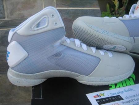 Nike_basketball_sneakers_3.jpg