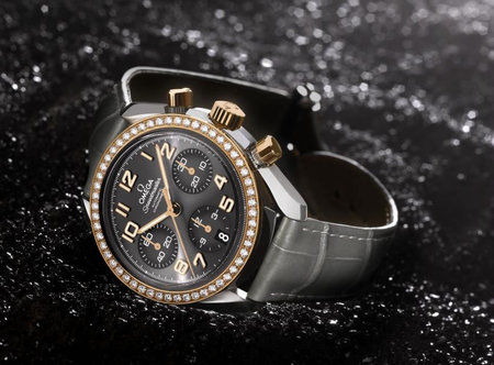 Omega_Speedmaster_Ladies_38MM_2.jpg
