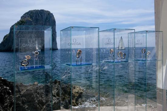 Omegas-Seamaster-Planet-Ocean-in-Capri-2.jpg