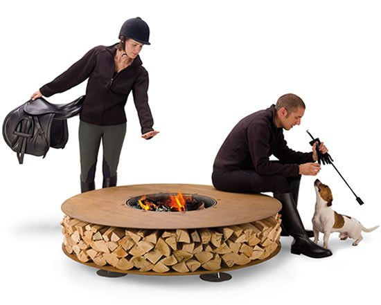 Outdoor-Wood-Fireplace-2.jpg